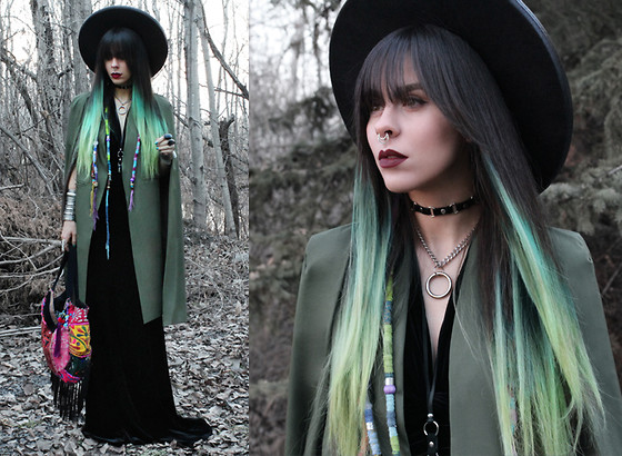 Katia Nikolajew - Rose Wholesale Cape, Moonchild ''Wicked'' Lipstick, Stinnys ''Wren'' Choker, Petpigeons Jewelry No. 7 Choker - Green on green...