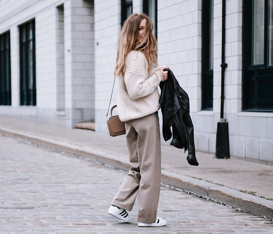 Gabrielle Lacasse - Aritzia Heavy Knit, Aritzia Wide Pants, Adidas Superstar, Aritzia Leather Jacket - Beige