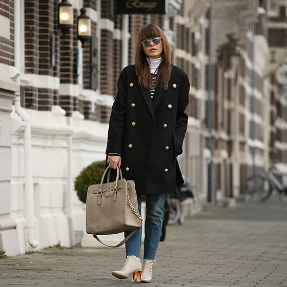 Iris . - Balmain X H&M Coat - THE DARK BLUE COAT