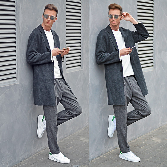 Chaby H. - H&M Overcoat, Adidas Stan Smith Sneakers, Dior Silver Sunglasses - Monochrome day