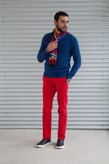 Hector Diaz - Club Monaco Cobalt Blue Sweater (Similar), Abercrombie & Fitch Red Chinos (Similar), None Colorful Scarf (Gift From Parents), 21 Men Faux Leather Shoes - A Little About Color