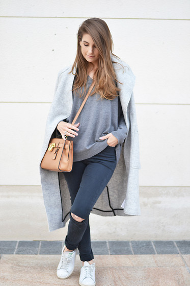 Lara Siles - Zara Coat - I LOVE GREY