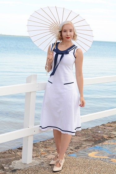 Harlow Darling - Collectif Dress, Funtasma Shoes - 1920s Sailor Dress