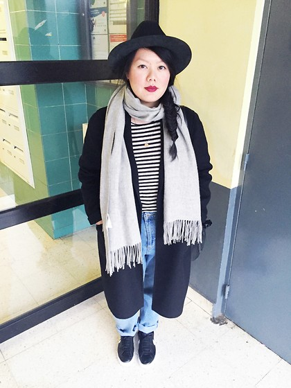 Sophie Veu - The Kooples Black Hat, Zara Black Coat, American Vintage Grey Scarf, American Vintage Stripe Shirt, Topshop Mom Jeans, Nike Sneakers - Hamburglar