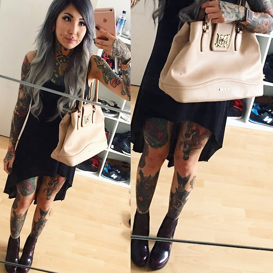Mimi Darko - Primark Black Dress, Love Moschino Nude Bag, Steve Madden Boots - Off to the City