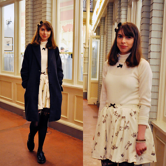 Ana B - Ank Rouge Top, Ank Rouge Skirt, Dr. Martens Polley Shoes - Alice in Disneyland