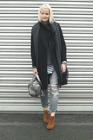 Fashionargument -  - Boyfriend Ripped Jeans and Zara Coat