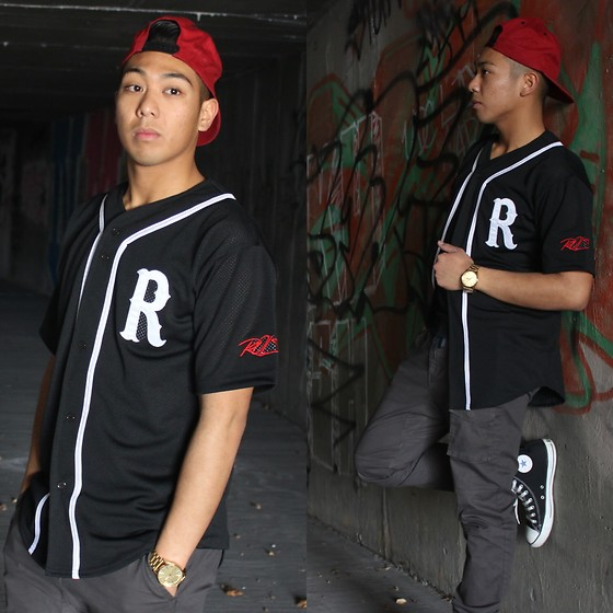 Gary Agunos - Asmbly Baseball Tee, Nixon Gold Watch, Converse Sneakers, H&M Base Ball Cap - ROYalty.