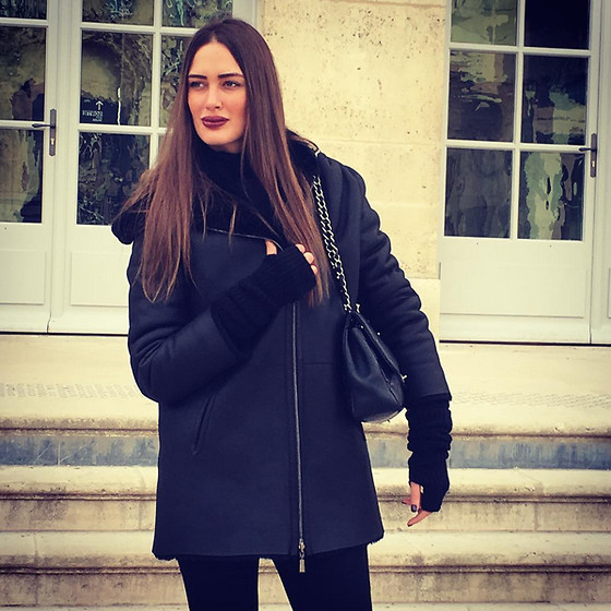 Amina Allam - Max&Moi Reversible Leather Coat, Chanel Bag - Happy International Women's Day