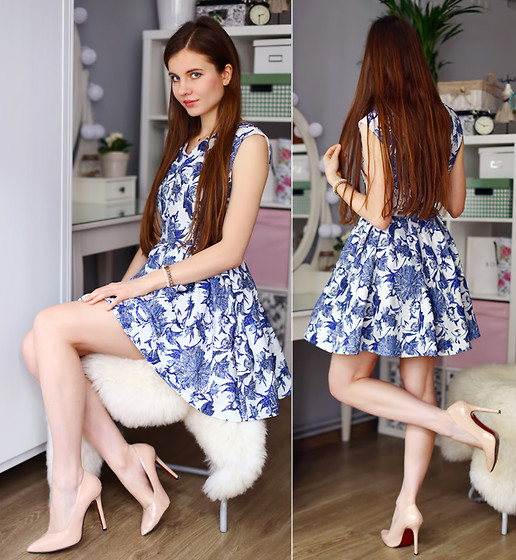 Ariadna M. - Floral Dress - Floral dress