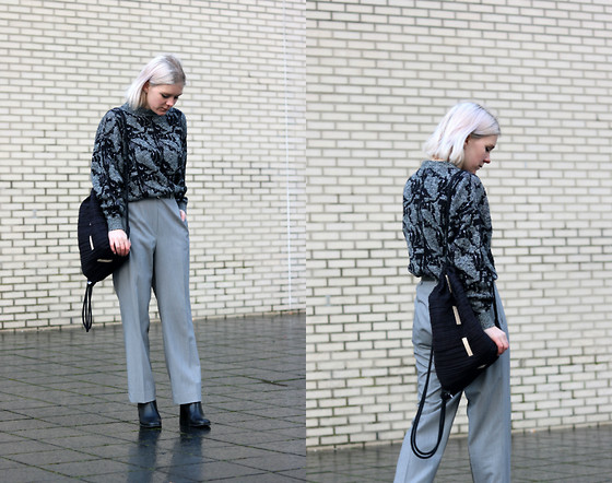 Manon Dijkhuizen - Invito Shoes, Arrey Berlin Bag - Light Grey Pantalon