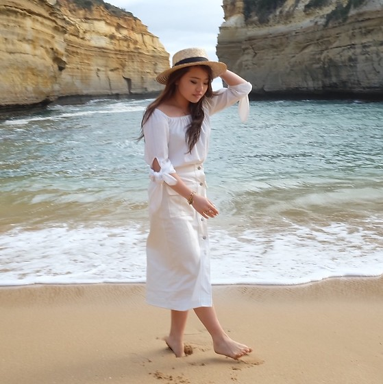 Eliza Tanudjaja - Pomelo Midi White Denim, Pomelo Over The Shoulders Top - Loch Ard Gorge