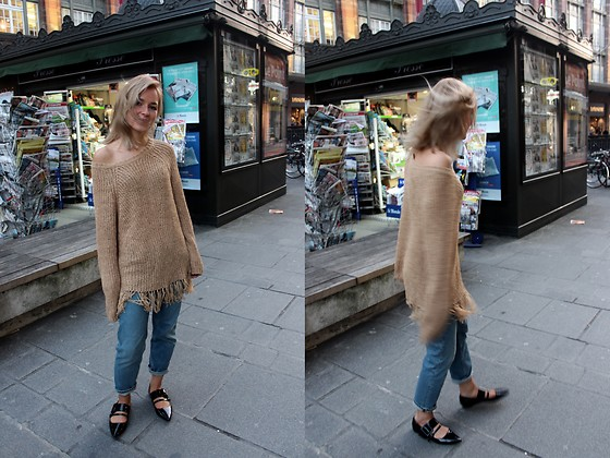 Anna Borisovna - H&M Sweater, Acne Studios Jeans, H&M Ballerina - Camel with Jeans