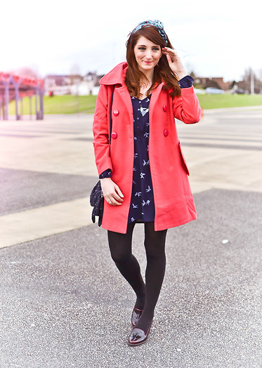 Dépêches Mode - Tidebuy Coat, H&M Dress, Clarks Shoes - La vie en rose