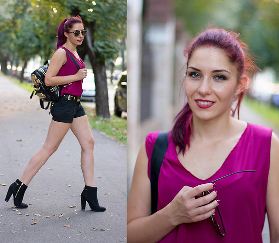Adriana Delia Barar - Choies Shorts, Choies Top, Style Moi Backpack - Fucsia infusion