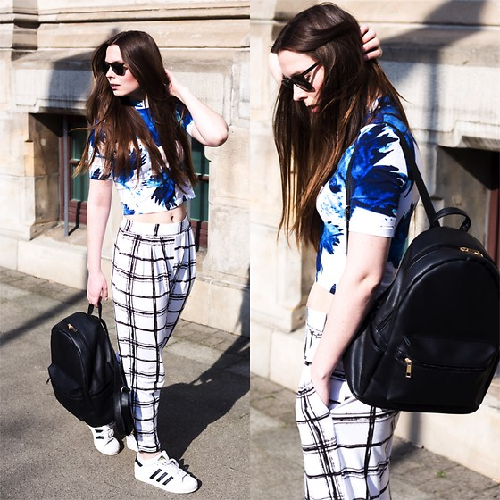 Laura - Monki Shirt, Asos Pants, Daisy Street Backpack, Adidas Sneaker - Pattern mix