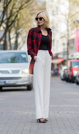 Lisa Rvd - Saint Laurent, Stills Atelier, Christian Louboutin - WHITE WIDE PANTS | lisarvd.com