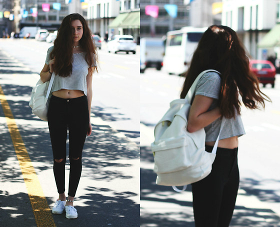 Francesca S - Mango Crop Top, Topshop High Waisted Jeans, Vans, Mi Pac Backback - Twenty-one degrees