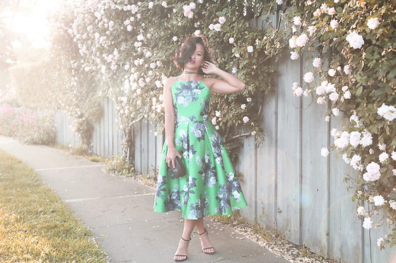 K T Reed - Ktrcollection Floral Midi Dress With Open Back, Stuart Weitzman Black Strappy Sandals - Garden of Roses.