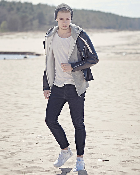 Edgar - Black Leather Jacket, Black Beanie, Zara Black Cropped Pants, H&M White Platform Sneakers, H&M White Cotton T Shirt, H&M Grey Cotton Hoodie - ONE MORE DAY IN PARADISE