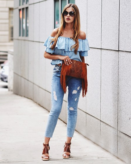 Karolina Antoniades - Zara, Pagedenim, Asos, Ditto - Miss denim