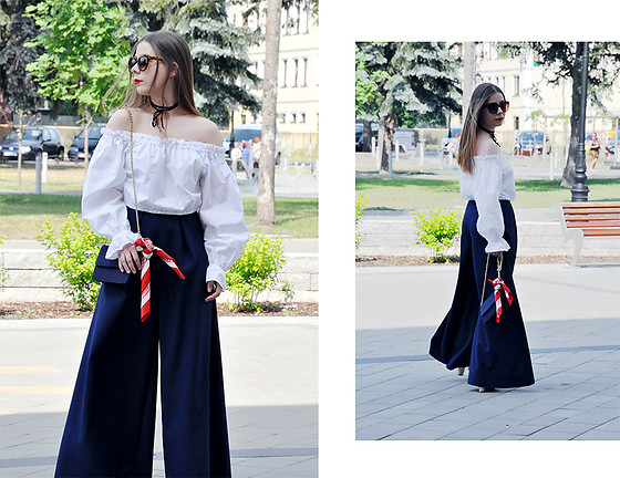 Martyna R -  - Off the shoulder