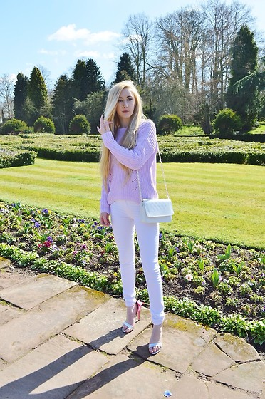 Isobel Thomas - Gap Jumper, Dealsale App Butterfly Heels, Dresslink Bag - Country Lilacs