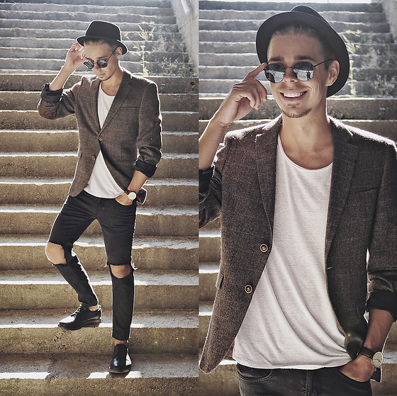 Edgar - H&M White Cotton Tee, Primark Wool Blazer, H&M Round Framed Sunglasses, H&M Black Trilby, Daniel Wellington Leather Watch, Primark Black Ripped Denim Jeans, Pull & Bear Black Leather Shoes - SPECIAL OCCASION