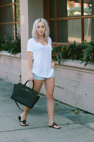 Hayley Larue -  - The $8 Simple White Tee