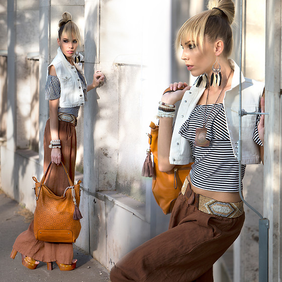 Dora D. - Stylemoi White Denim Vest, Orange Brown Tote Bag - In the middle of light and shadows