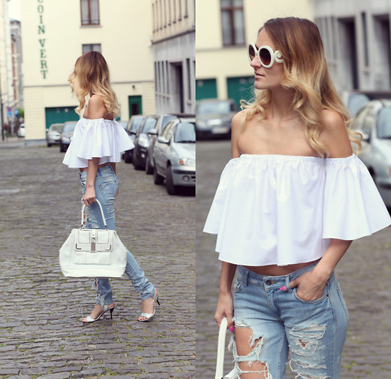 Ruxandra Ioana - Rosegal Top, Prada Sunglasses, 3.1 Phillip Lim Sandals - Osiris