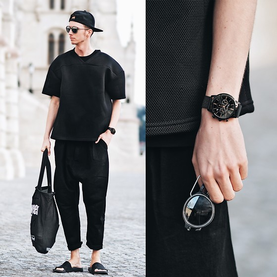 Chaby H. - Thomas Sabo Black Watch, Emporio Armani Round Sunglasses, H&M Oversized Neoprene T Shirt, Zara Rommy Pants - Black is always a good idea