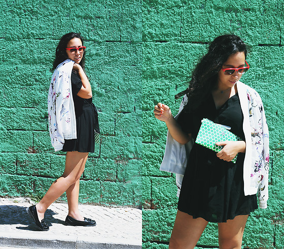 Mafalda M. - Rosegal Floral Bomber Jacket, Rosegal Black Playsuit, Michael Kors Kiki Clutch Pouch - CITY SUMMER