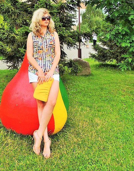 zametki Yulii - Reserved Shirt, Mohito Shorts - Colorful composition