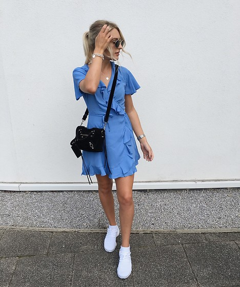 Charlotte Buttrick Lewis - Asos Tea Dress, Nike Air Presto Fly Knit, Balenciaga Mini City Suede Bag - Blue tea dress & nike presto fly knit