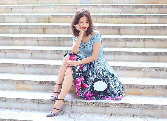 Mayo Wo - Chicwish Tulip Town Skirt, Malone Souliers Strappy Heels - Sunday well spent brings a week of content