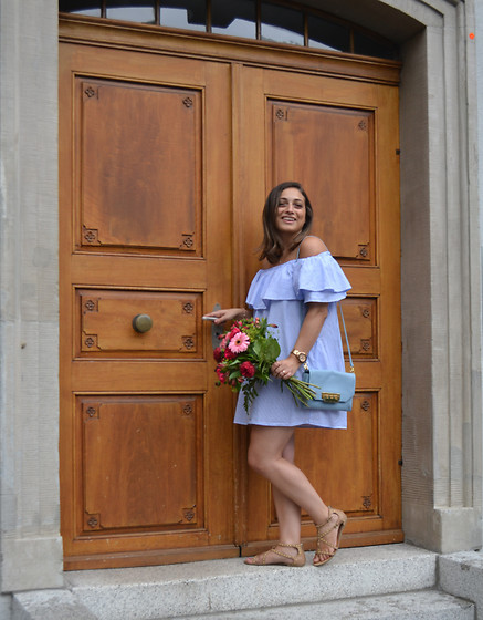 Clarissa C. - Zara Blue Dress, Zac Posen Blue Bag, Bershka Beige Sandals - Baby blue