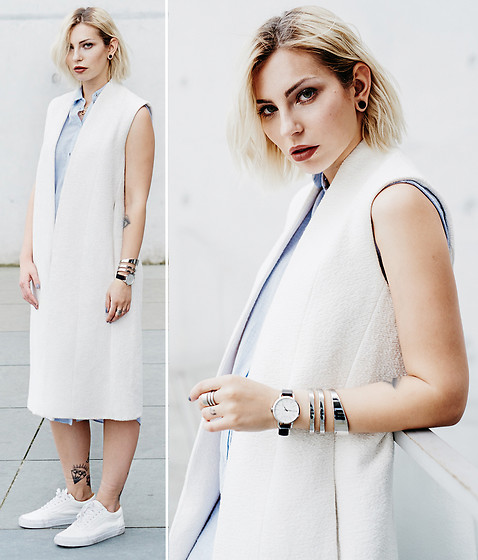 Masha Sedgwick - Calvin Klein Watch - The White Vest