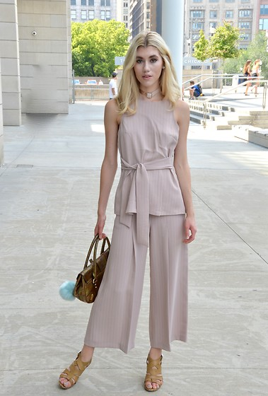 Dani Mikaela McGowan - Topshop Pink Open Back Top, Topshop Wide Leg Cropped Pants, Anthropologie Tan Heels, Dolce & Gabbana Vintage Handbag - Dusty Rose