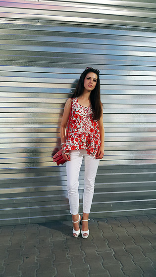 Tanya Stakhova - Tu Top, Jeans And Co, Centro Heels - Red and white
