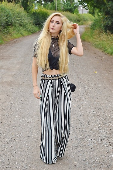 Isobel Thomas - Sammy Dress Trousers, Boohoo Coin Belt, Missguided Mesh Top - Monochrome Trousers