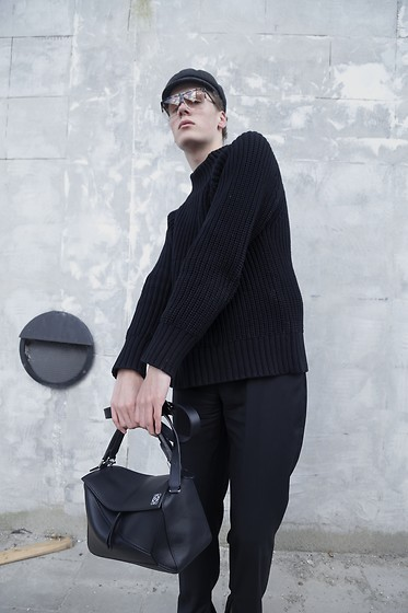 Martijn Maagdenberg - Isabel Marant Grey Fisherman Cap, Loewe Filipa Sunglasses, Acne Studios Black Ribbed Knit Sweater, Jw Anderson Black Men Flares, Loewe Black Puzzle Bag - Untitled #43