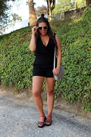 Joana Sá - Rosegal Sunglasses, Zara Jumpsuit, Sammydress Bag, Eureka Sandals - Black