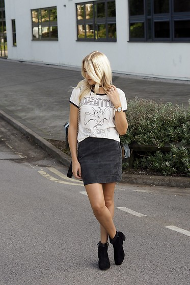 Charlotte Buttrick Lewis - Zaful Led Zeppelin Band T Shirt, Ravel Suede Ankle Boots, Mint Velvet Suede A Line Skirt - Band T-shirt & ankle Boots - Rock Chic