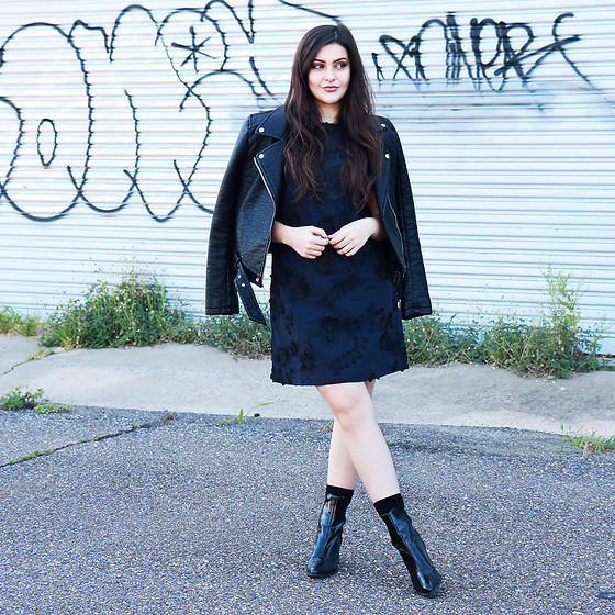 Carly Maddox - Banana Republic Navy Shift Dress, Patent Leather Boots, Faux Leather Jacket - Subtle Chic