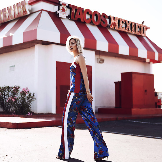 Masha Sedgwick - Pinko Top, Pinko Pants - The Las Vegas Look