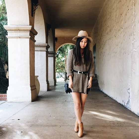 Karen C - Lf Sweater, Rag & Bone Booties, Urban Outfitters Hat - Camel