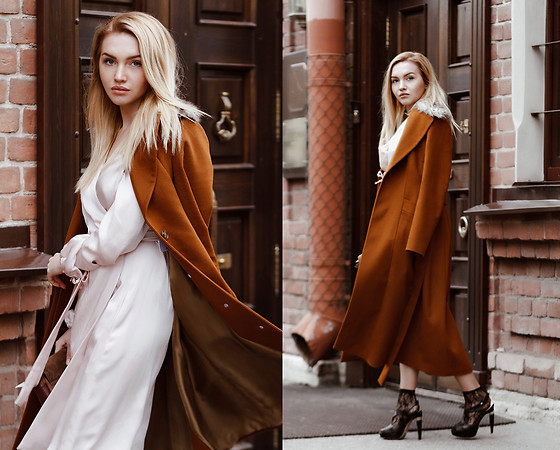 Darya Yakovleva -  - Love this coat!