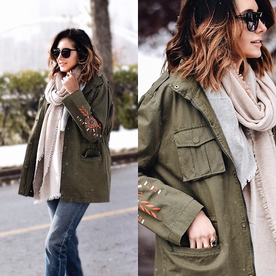 Amber - Levi's® Army Green Military Jacket, Levi's® Jeans - Army Green