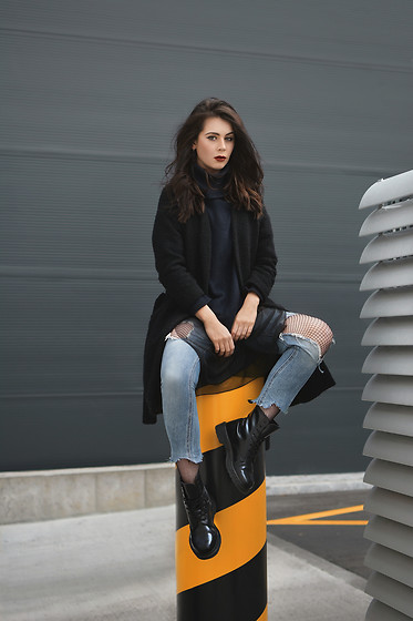 Monika Ruzgute - Zara Coat, Lindex Sweater, Zara Jeans, Dr. Martens Docs Shoes - Streets & Corners